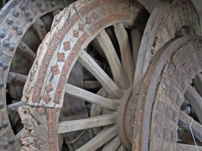 cart-wheels-e1475871835126-1912865